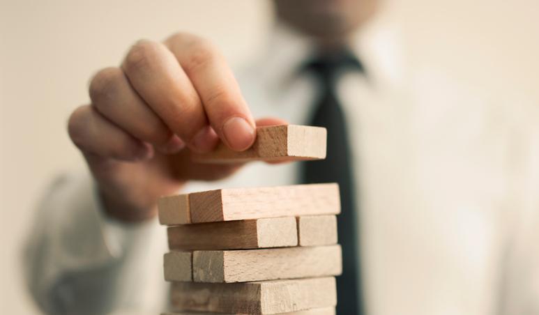 ソーシャルレンディングで積立投資ができる?その方法やメリット、デメリットを徹底解説