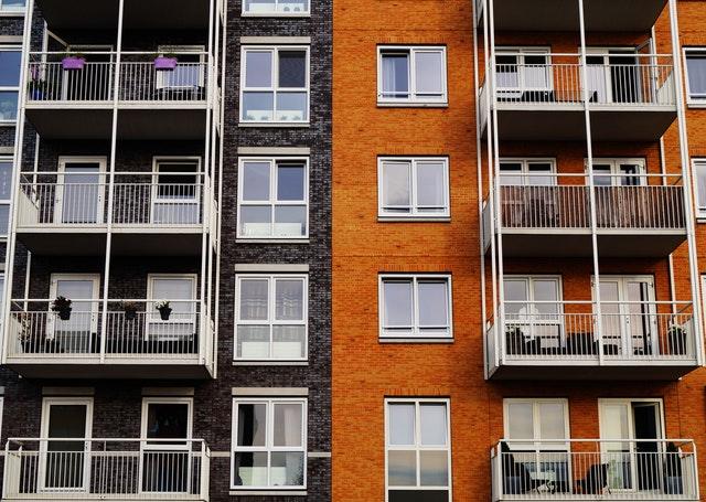 東京23区内にマンションを多数所有する不動産投資家ポンヤス氏インタビュー